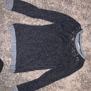 MAURICES SIZE M LIKE NEW LONG SLEEVE TOP
